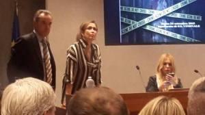Seminario di Criminologia 2015. Il Segretario Nazionale Elisabetta Ricchio, organizzatrice della giornata di studio. Di fianco la dott.ssa Roberta Bruzzone