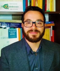 Dott. Santo Mazzarisi Psicologo Clinico – Psicoterapeuta - Terapeuta E.M.D.R. Vicepresidente Associazione Il Caleidoscopio