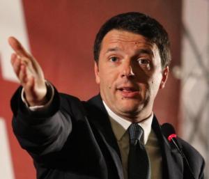 Renzi, più soldi per il rinnovo del contratto