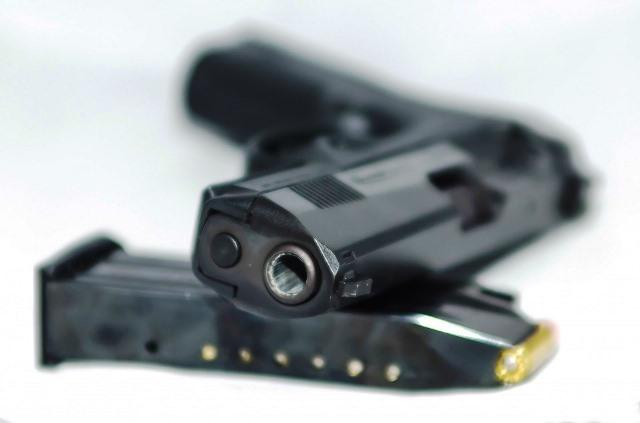 """Armi, la questione """"marca da bollo"""" per la variazione del numero delle armi in collezione, Edoardo Mori """"un balzello non previsto dalla legge"""""""