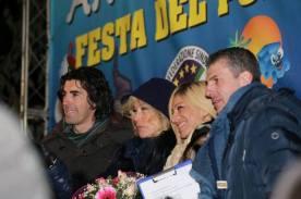 Befana del Poliziotto CONSAP 2017, nella foto la madrina Nancy Brilli con Gianluca Guerrisi, Serena Gray e Fabrizio Pacifici