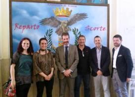 da sinistra: Carolina Cento, la dott.ssa Maria Sironi - Dirigente del Reparto Scorte, Gianluca Guerrisi, Alessandro Scagnetto, Marco Rizza e Giovanni Pangano