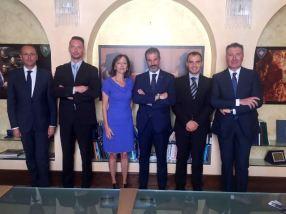da sinistra: il dr Domenico Cerbone, Profili, la dott.ssa Anna Maria Di Paolo, Guerrisi, Celesrino e Turicchi