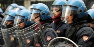 Reparto Mobile della Polizia di Stato in Ordine Pubblico