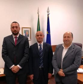 da sinistra: Cesario (CONSAP), il Dirigente dell'Ufficio Speciale c/oMinistero del Lavoro dr Canale Parola e Di Niro (CONSAP)