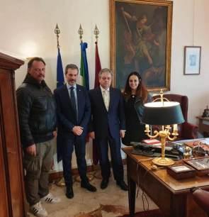 Nella foto da sinistra: il Segretario Provinciale SALVATORI, il Segretario Provinciale Generale GUERRISI, il Questore di Roma dr ESPOSITO e il Segretario Provinciale CENTO