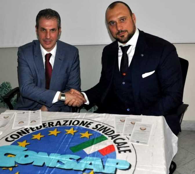 Nella foto il Segretario Generale della CONSAP di Roma GUERRISI con il Presidente Nazionale U.P.T.M. Avv U.E. CALVO