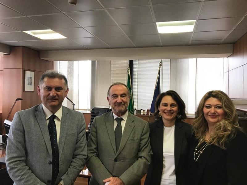 Da sinistra: il Segretario Generale Nazionale Cesario BORTONE, il Prefetto Massimo BONTEMPI, le dirigenti sindacali presso Frontiera Fiumicino Giovanna COLELLA e Laura FEMINO'